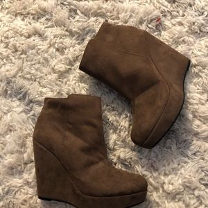 Size 6 1/2 Brown Wedge Booties